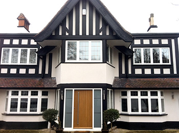 Storm-proof casement windows