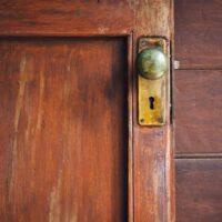 How To Restore A Vintage Door?